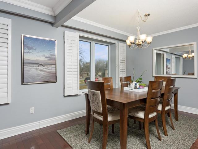 5207 Broughton Cres Burlington-MLS_Size-007-13-Dining Room-640x480-72dpi.jpg