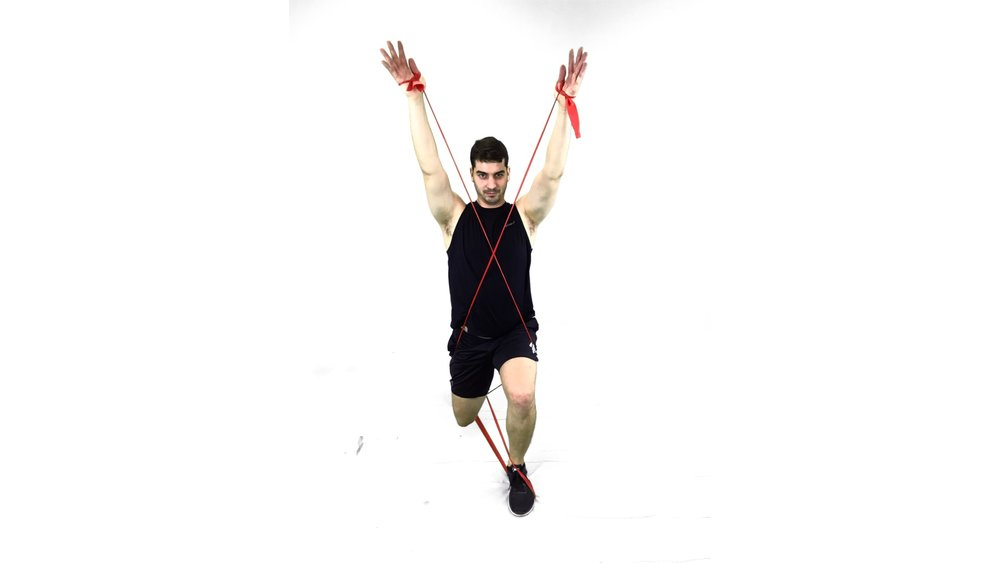 breugers wrap lunge frontal view.jpg