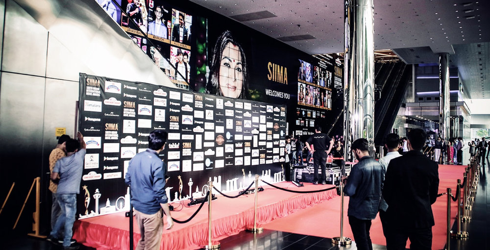 The red carpet grand entrance with The Big Picture as the perfect backdrop at the 5th South Indian International Movie Awards (SIIMA) 2016