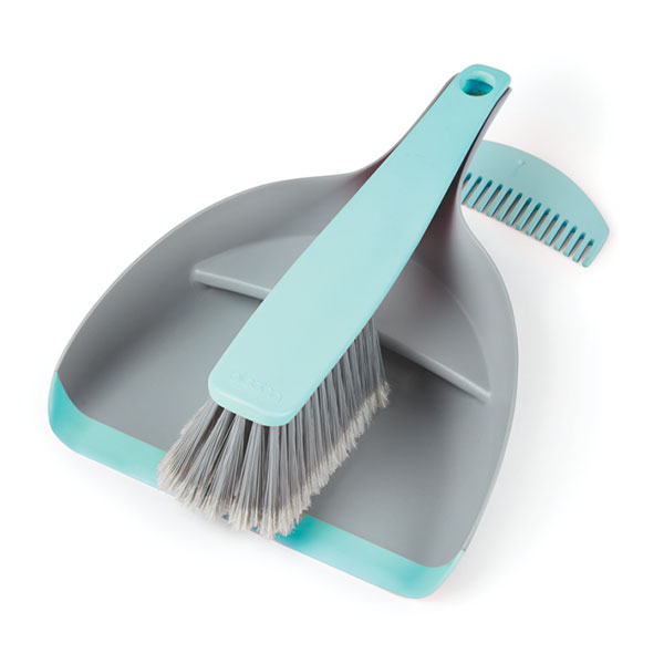 Dustpan & Brush - Concealed dust and debris pocket.Comb for cleaning brush, stores in back of dustpan.Brush clips into dustpan.Flexible lip on dustpan to give good seal to floor ensuring all the dirt goes in the pan.High quality soft nylon bristles.Locks into the Bloom Bucket when not being used.PINK - BLMDPBPKBLUE - BLMDPBBLInner Carton Qty - 4Master Carton Qty – 24