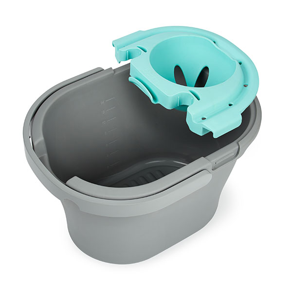 Bucket - 14ltr capacity bucket.Easy pour lip.Volume markings on inside.Wide handle for comfort and safety when carrying.Handle folds neatly away when not needed.Wringer and caddy addition clip securely to bucket – easy to release when need to remove.Both wringer and caddy have clips for other products in Bloom range to lock into place for storage.Product Code - BLMBKTInner Carton Qty - 0Master Carton Qty – 12
