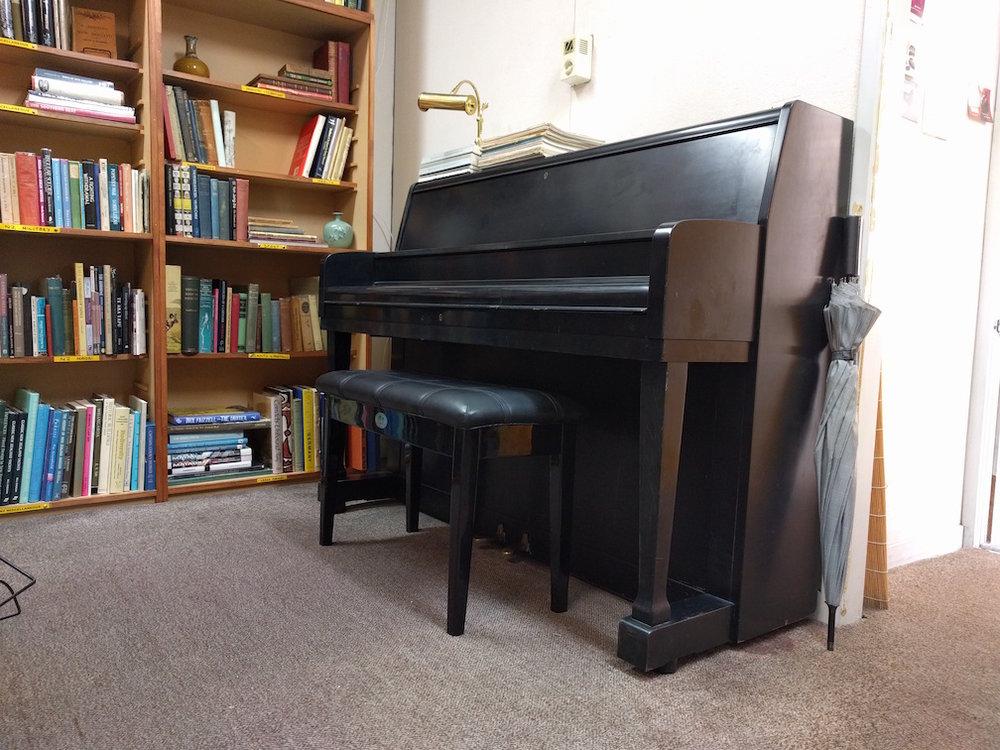 piano 2017-02-17 11.02.47.jpg