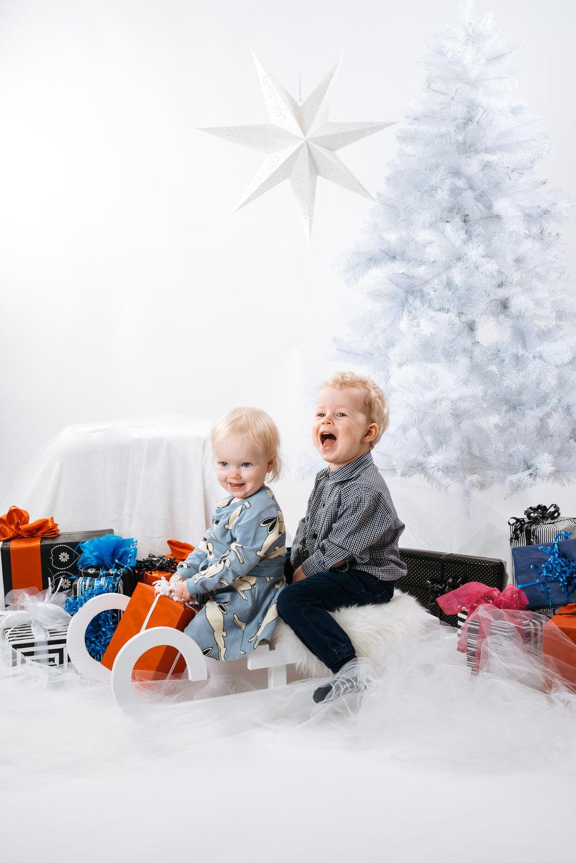 joulukortti_Anni&Veikko-9561.jpg