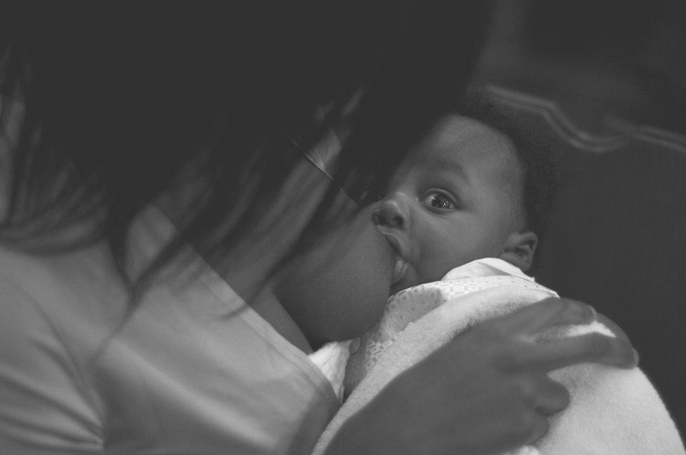 immeiko_breastfeeding_2