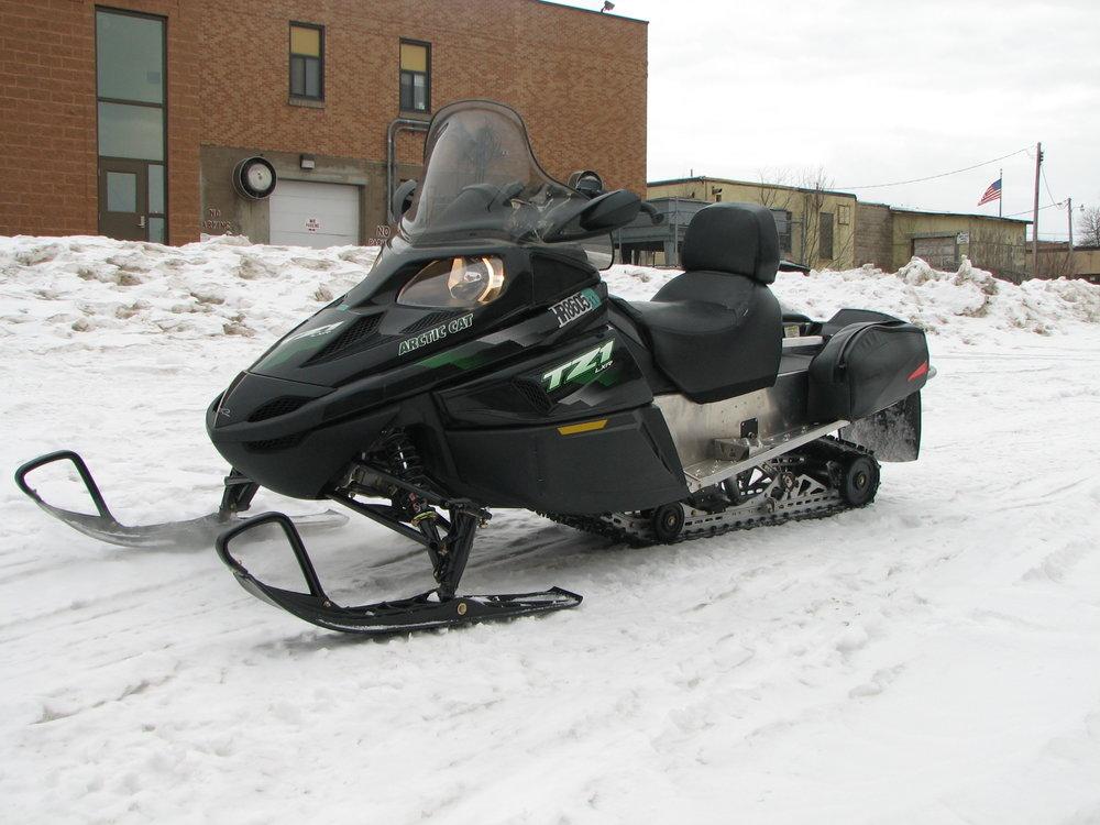 M10-W2 Arctic Cat