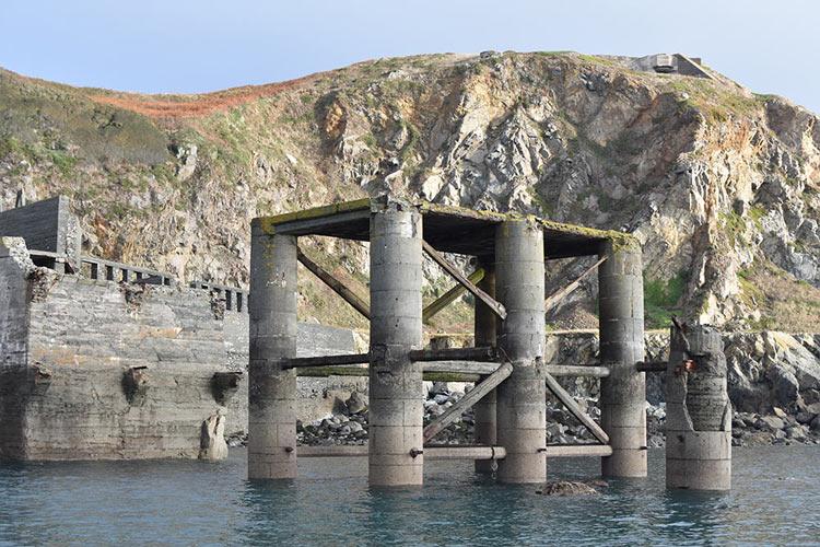 JerseySeafaris-Alderney-Casquets-Lighthouse2.jpg
