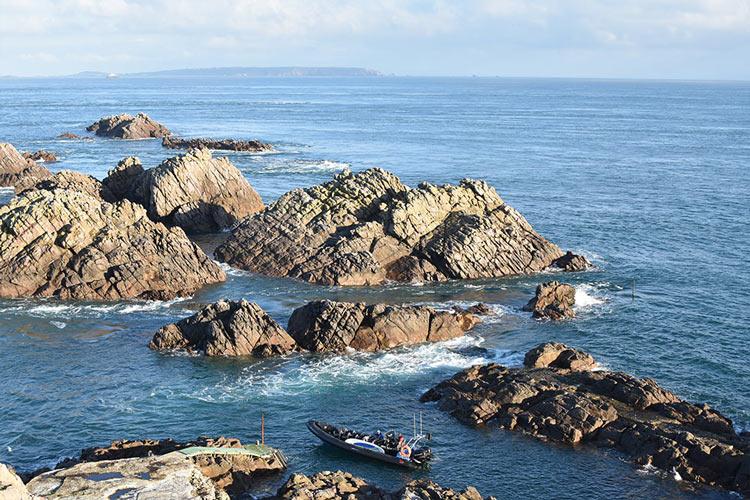 JerseySeafaris-Alderney-Casquets-Lighthouse4.jpg