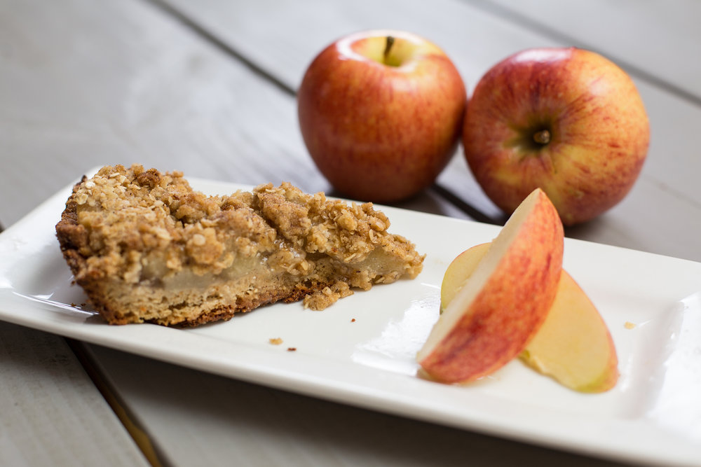 Apple Pie - Crust: 1 ½ Cup Start Right Mix, ¼ Tsp Salt, ½ Cup Butter, 3 Tbs Hot Water⠀Filling: 2 Apples Peeled, Cored & Diced, 2 tsp Cinnamon, ½ Cup Brown Sugar, 4 Tbs Butter, 1 tsp Vanilla Topping: ¼ Cup Start Right Mix, ¾ Cup Oats, ½ Cup Brown Sugar, and 3 Tbsp ButterDirections: Heat oven to 375. Mix waffle mix, salt, and butter until crumbly. Add water, stir vigorously until dough forms. Press evenly in pie pan. Cook filling until tender, pour over crust. Mix and add topping and bake 20-25 minutes.
