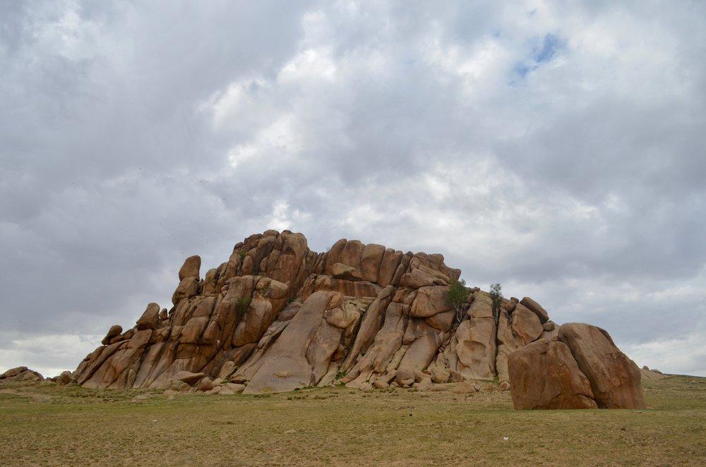 Giant-Climbing-Rock