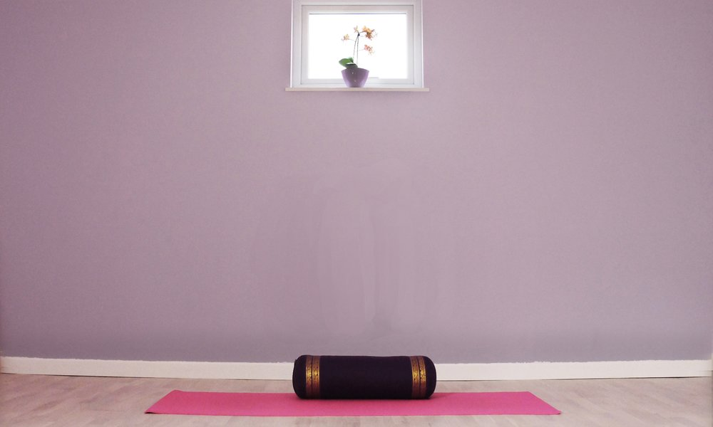 THE YOGA HUT - The Yoga Hut is a fully equipped Yoga studio in the heart of Falmouth.Beginner to general level classes under the guidance of a fully qualified Iyengar Yoga teacher. 1st class £5 with one of our maps!07769803806