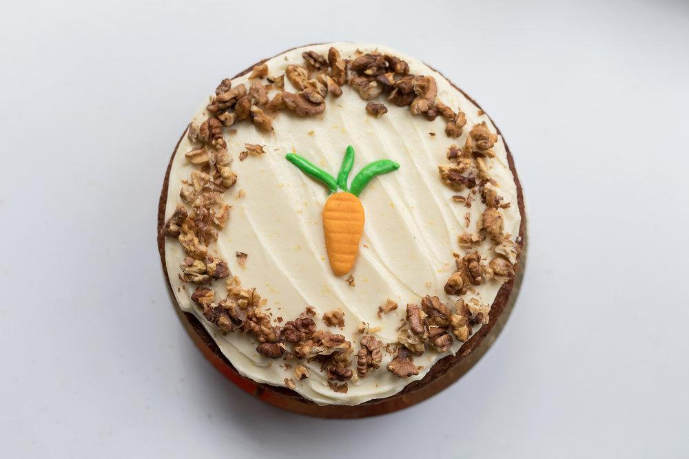 Carrot cake - De heerlijke coffeelicious worteltjes taart is goed voor ongeveer 12 personen. De prijs van de cake is: 33,50