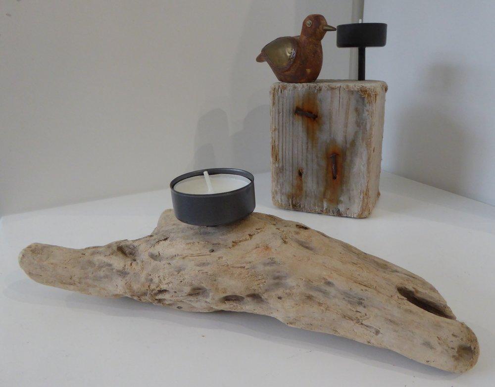 Wood  9cm x 9cm x 16cm / 23cm x 7cm x 9cm  £15 / £12