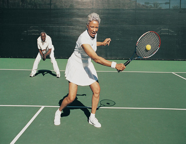 Older_man_woman_playing_tennis.jpg