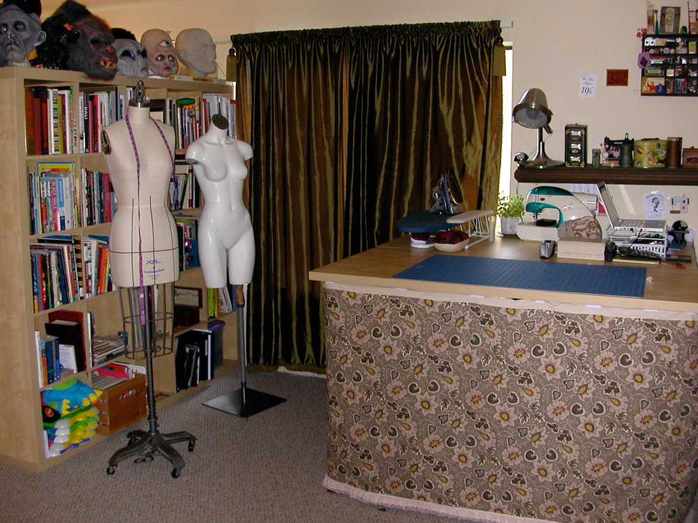 sewing-studio-room-001.jpg
