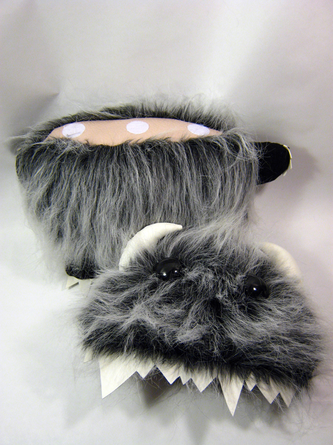 toys-plush-play-therapy-monsters-001.jpg
