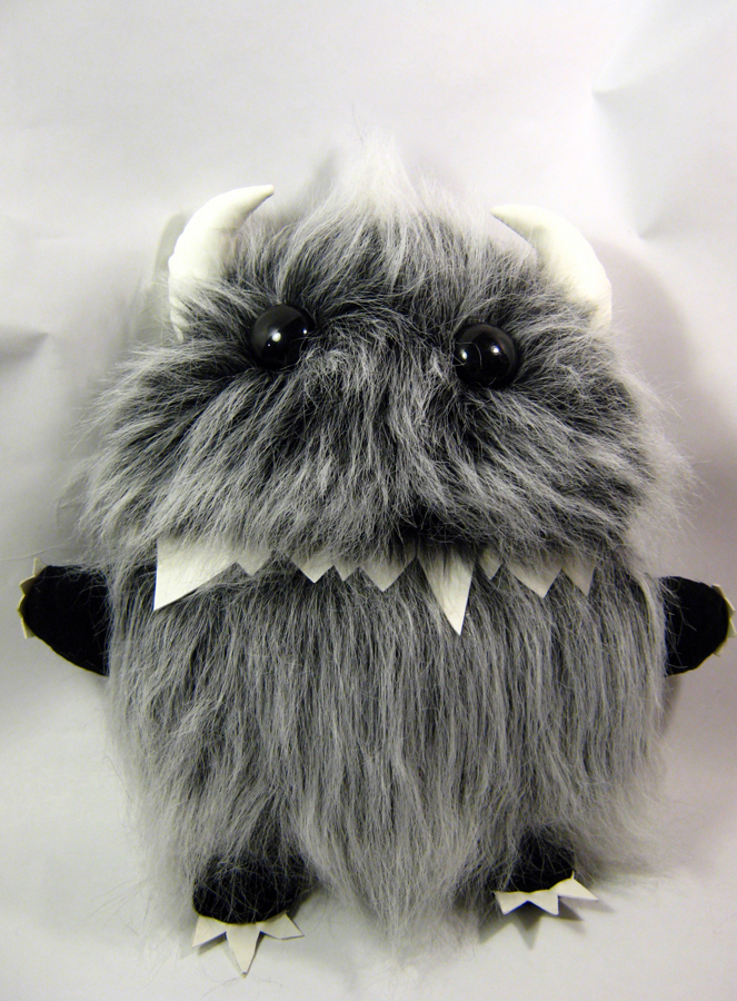 toys-plush-play-therapy-monsters-002.jpg