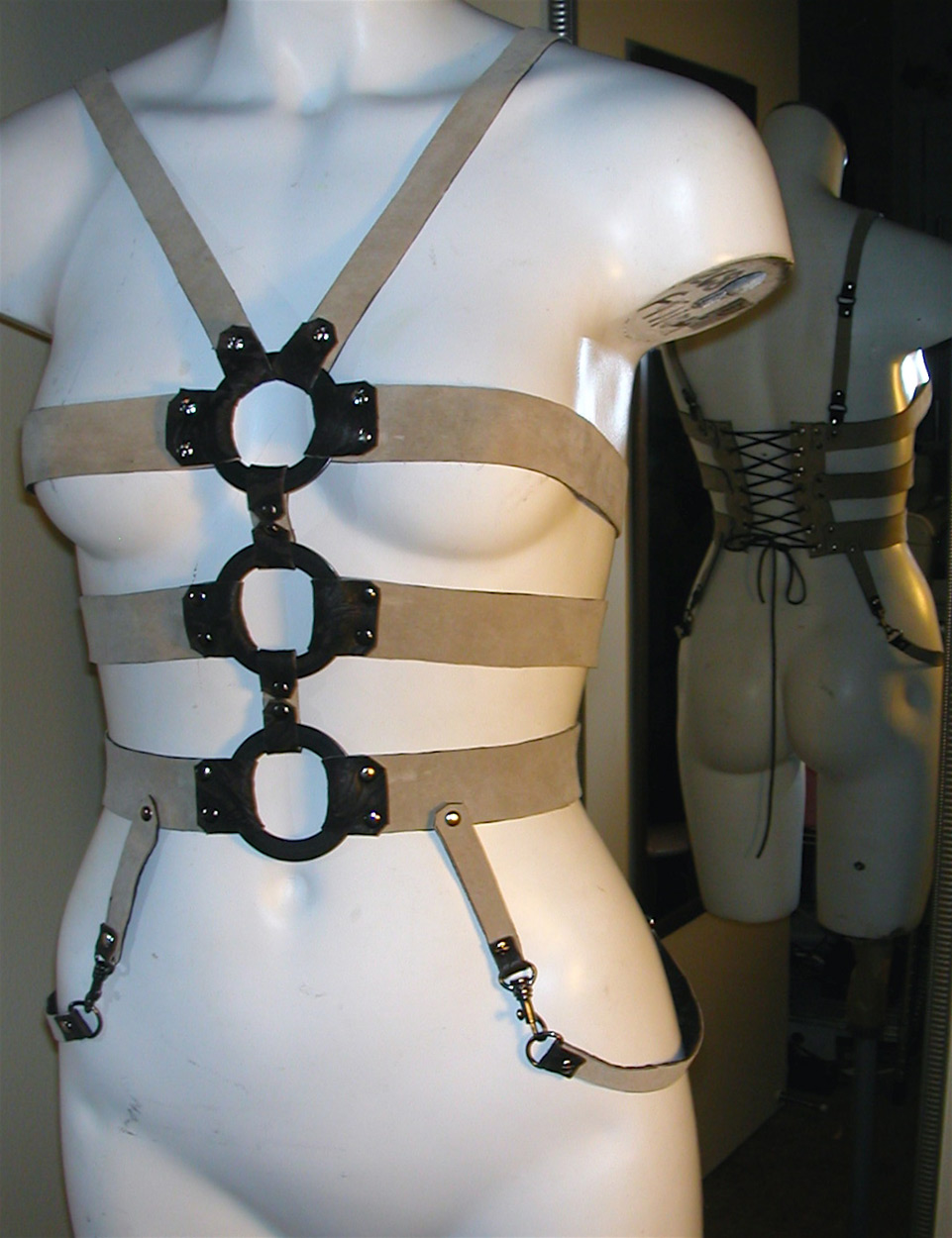 leather-harness-LS2-007.jpg