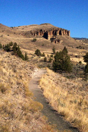 hiking01.jpg