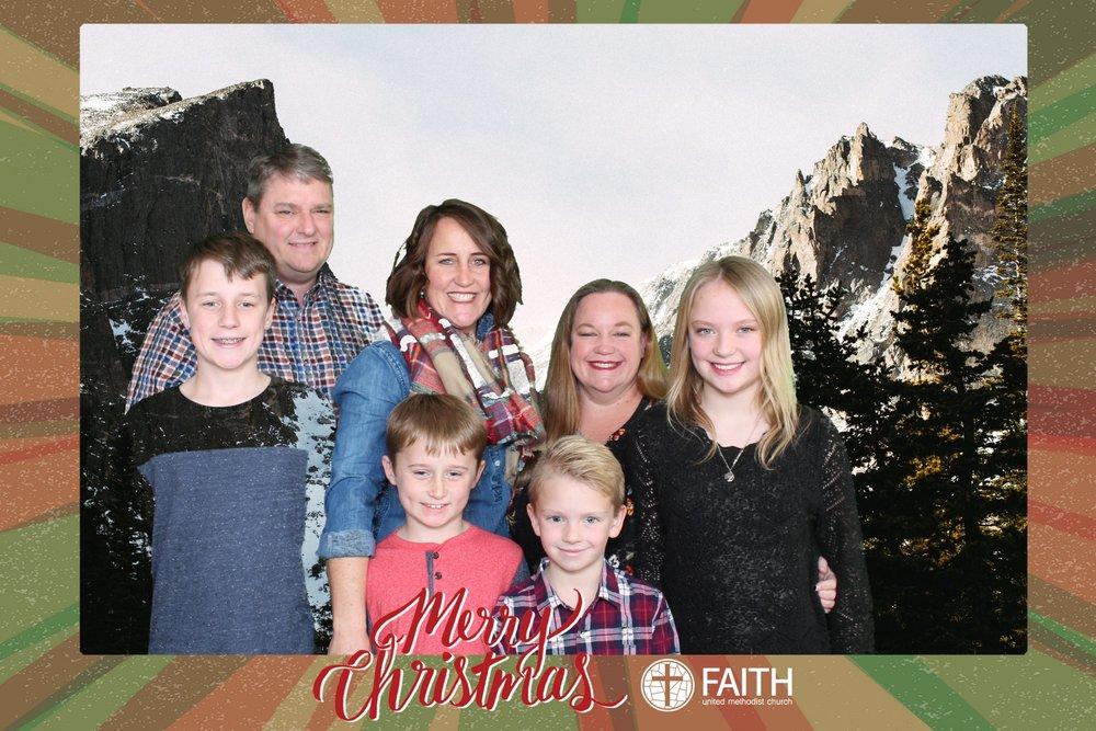 Faith2018_2018-12-24_15-24-58.jpg