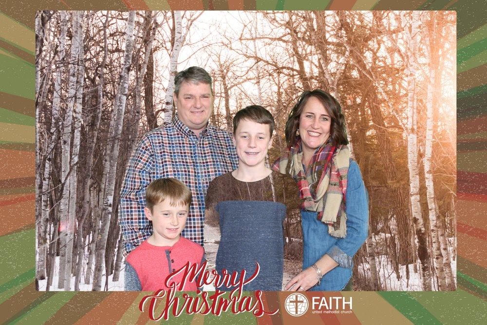 Faith2018_2018-12-24_15-25-22.jpg
