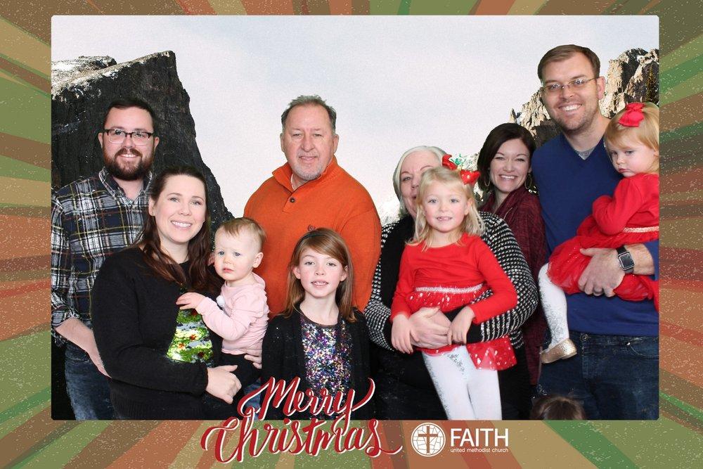 Faith2018_2018-12-24_15-27-34.jpg
