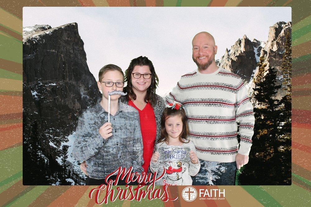 Faith2018_2018-12-24_16-39-28.jpg