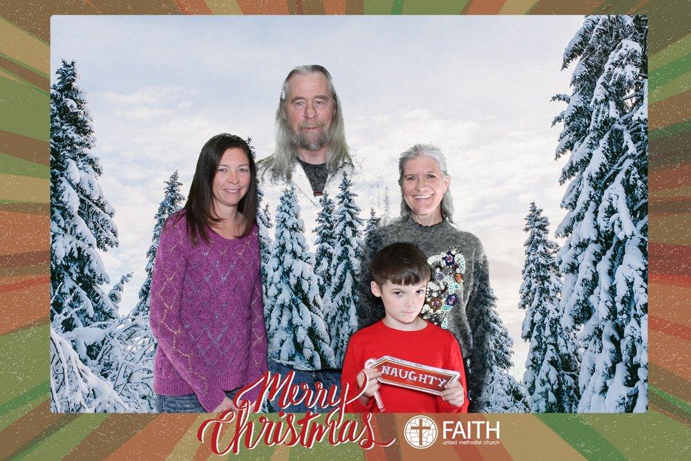 Faith2018_2018-12-24_16-42-47.jpg