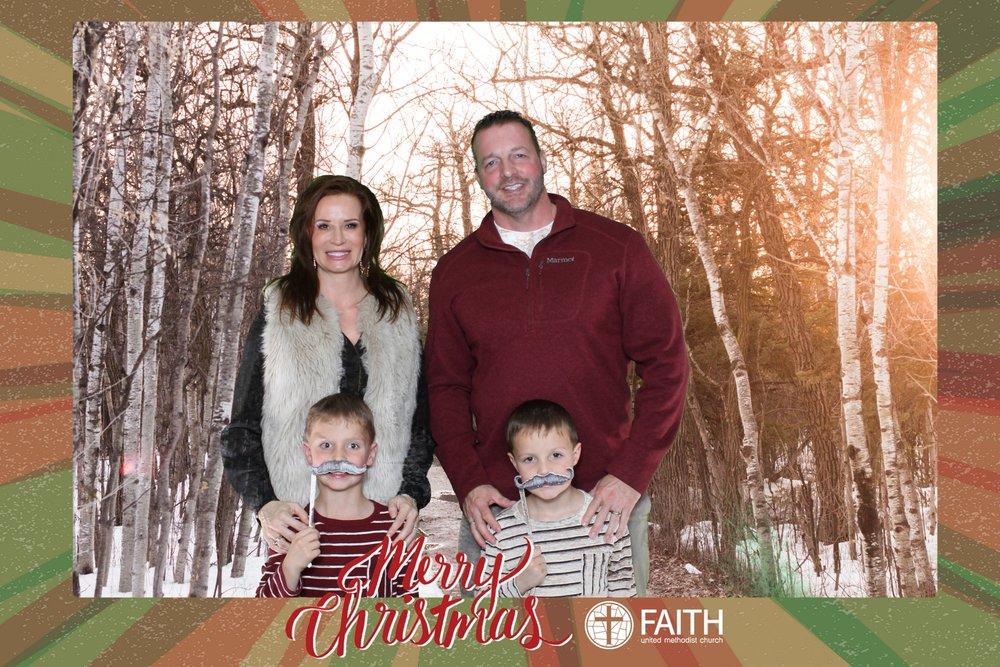 Faith2018_2018-12-24_16-47-32.jpg