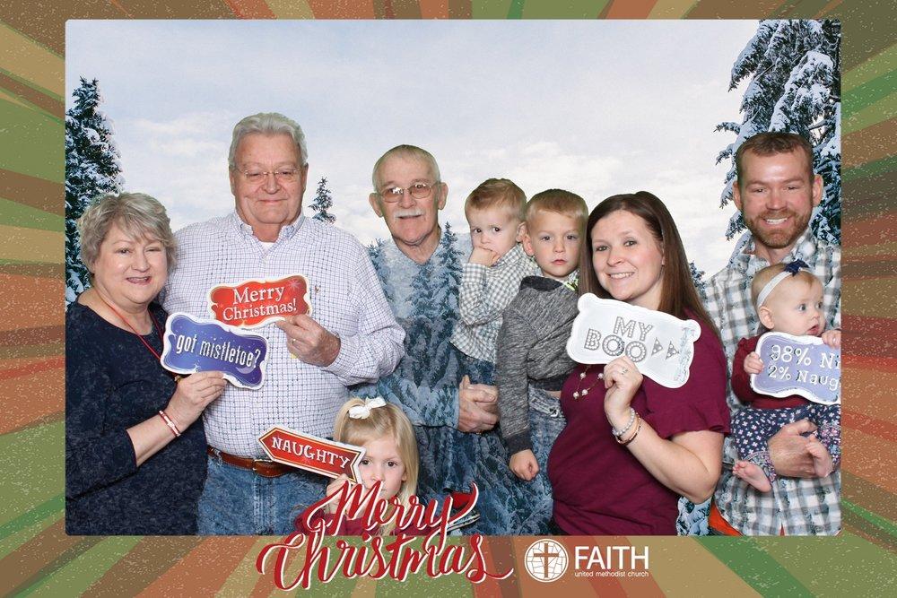 Faith2018_2018-12-24_16-48-10.jpg