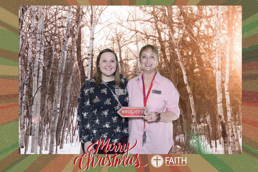 Faith2018_2018-12-24_16-52-59.jpg