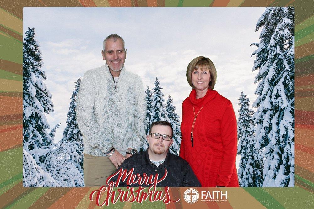 Faith2018_2018-12-24_17-07-36.jpg