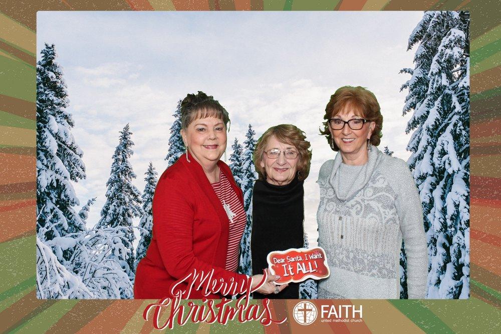 Faith2018_2018-12-24_17-28-03.jpg