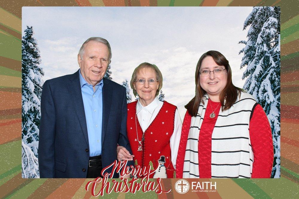 Faith2018_2018-12-24_18-52-01.jpg