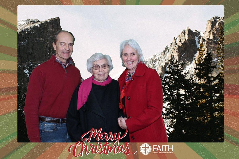 Faith2018_2018-12-24_18-54-50.jpg