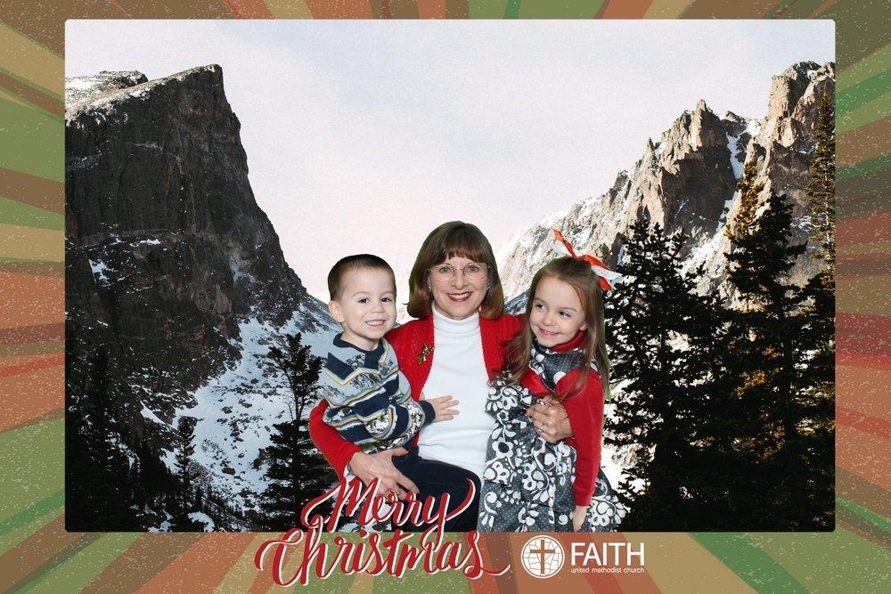 Faith2018_2018-12-24_18-56-47.jpg