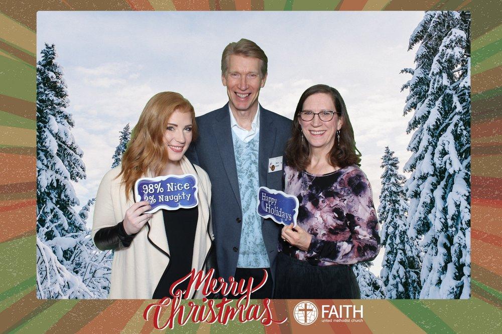 Faith2018_2018-12-24_19-00-39.jpg