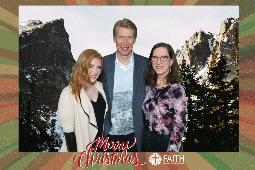 Faith2018_2018-12-24_19-02-02.jpg