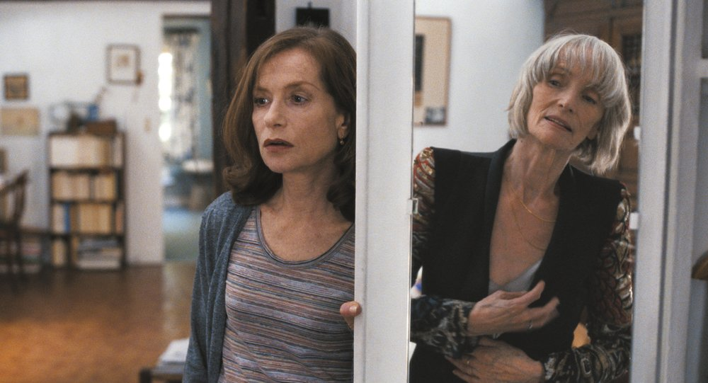 Nathalie (Isabelle Huppert) og hennes krevende mor (Edith Scob)