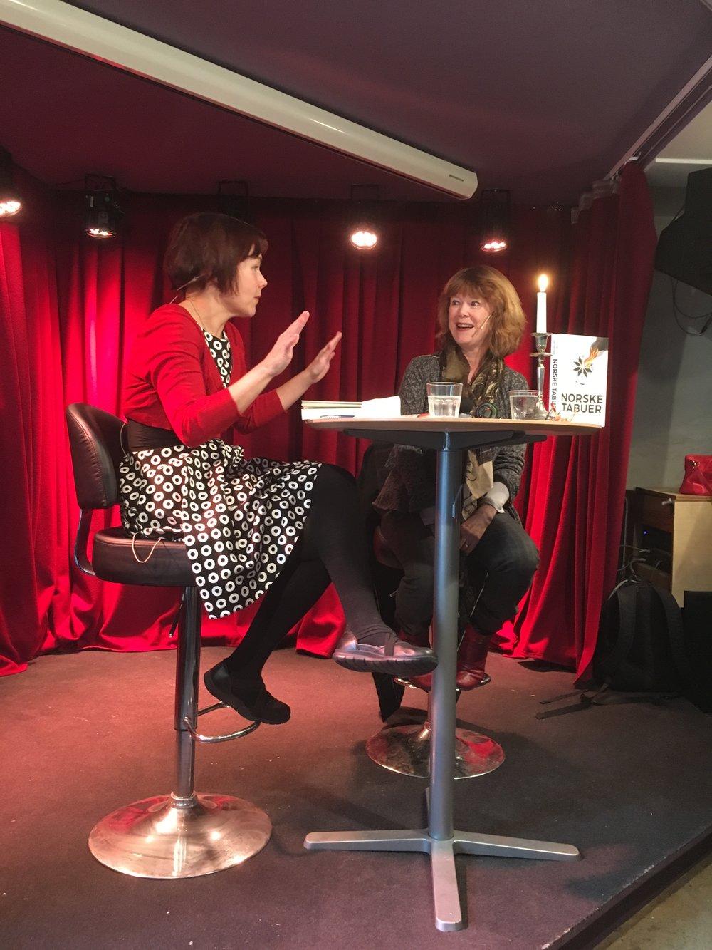 Sanna Sarromaa kaller seg innadvendt, men det merket intervjuer Kristin Aalen lite til på Sting Nere.