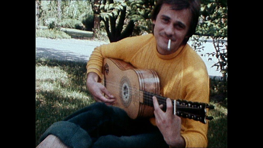 Den virtuose gitaristen Olav Strandberg måtte kjempe i mange år for å få foreldreretten til sønnene sine.