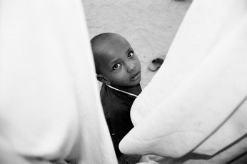 Curious Boy - Omdurman / Sudan, 2010, 40x50, Edition 5, 50 €