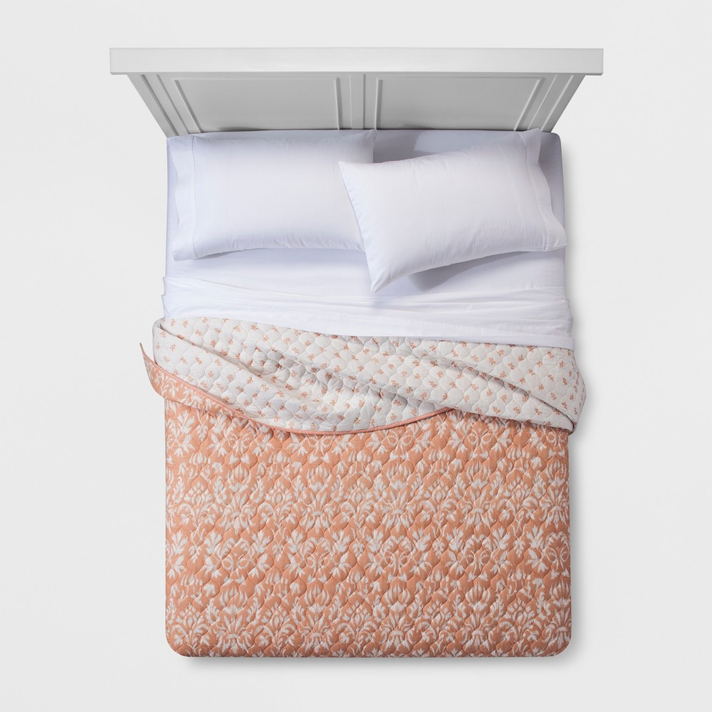 Coral Target Bedding