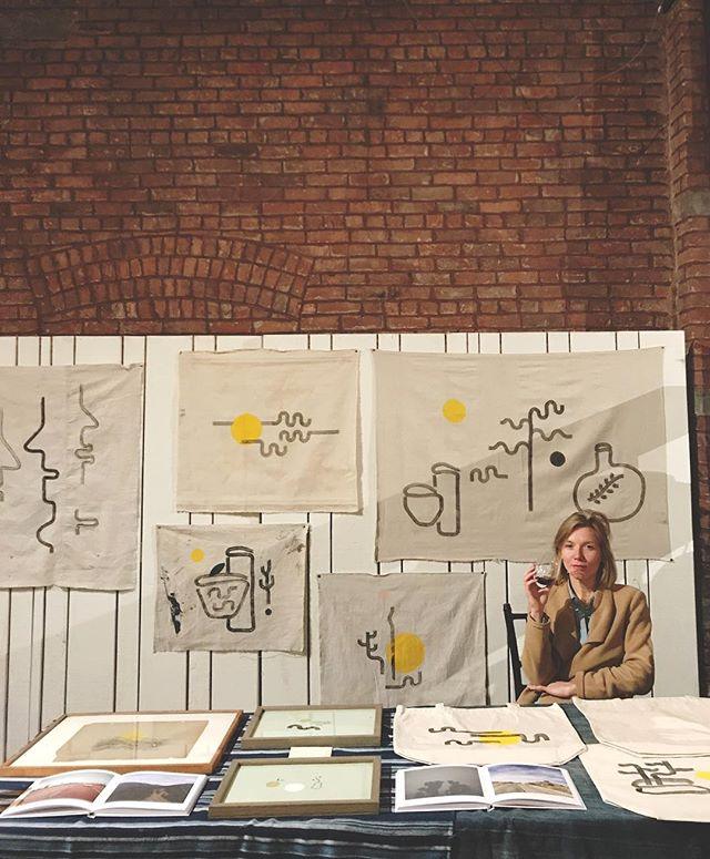 me and my christmas helper took a trip into the big city to peddle some paintings, new and old, for the faherty holiday market in brooklyn tonight ~ please stop by if youre in nyc, 26 bridge street in dumbo ~