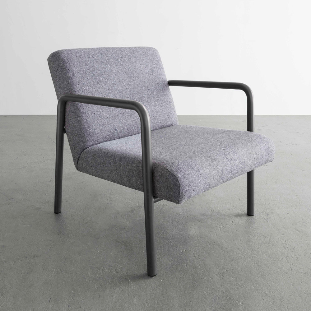 Berm Lounge Chair in Grey