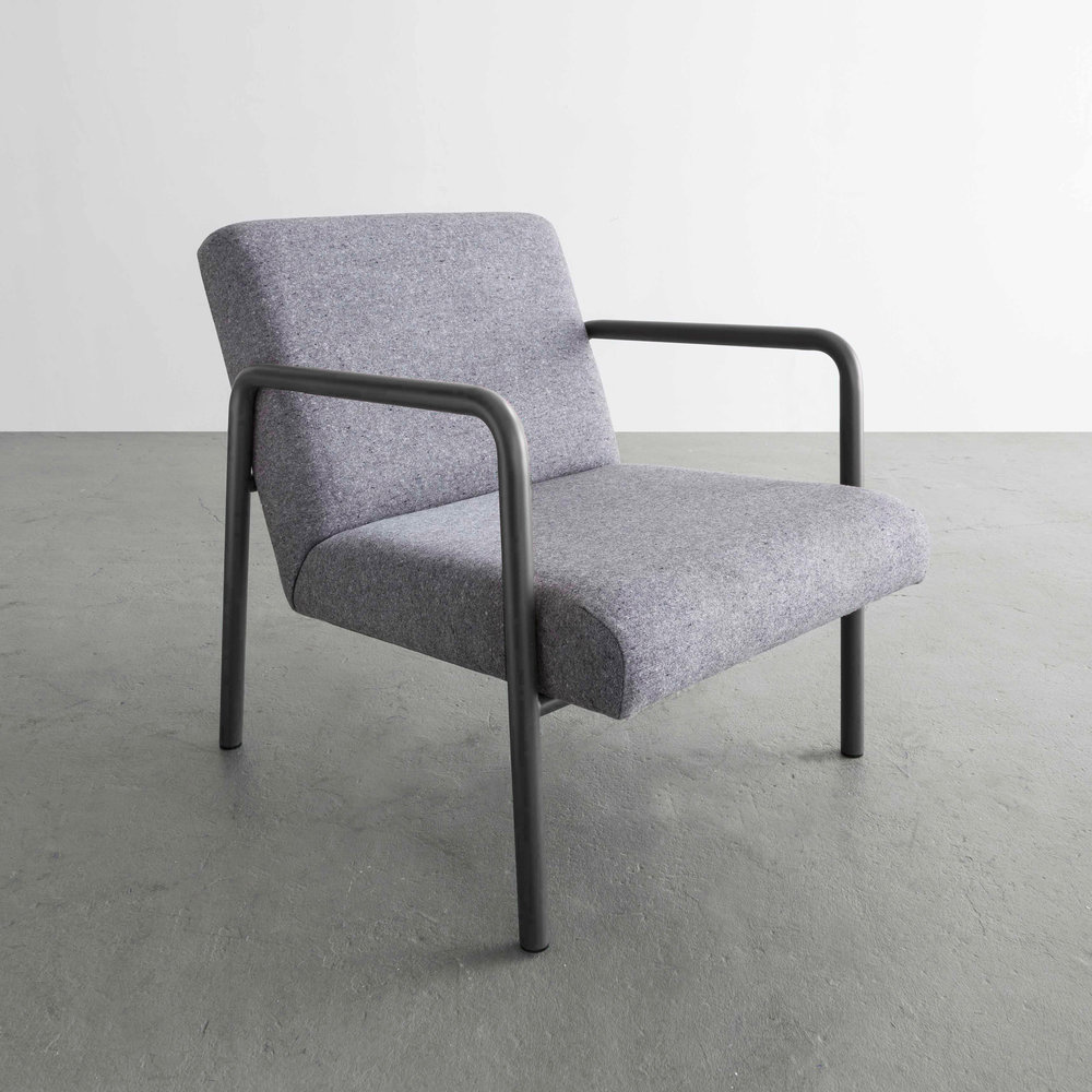 Berm Lounge Chair