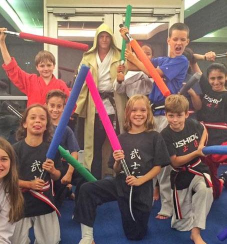 starwars-sci-fi-battle-sabers.jpg