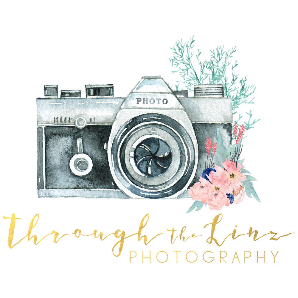 custom wedding photographer logo