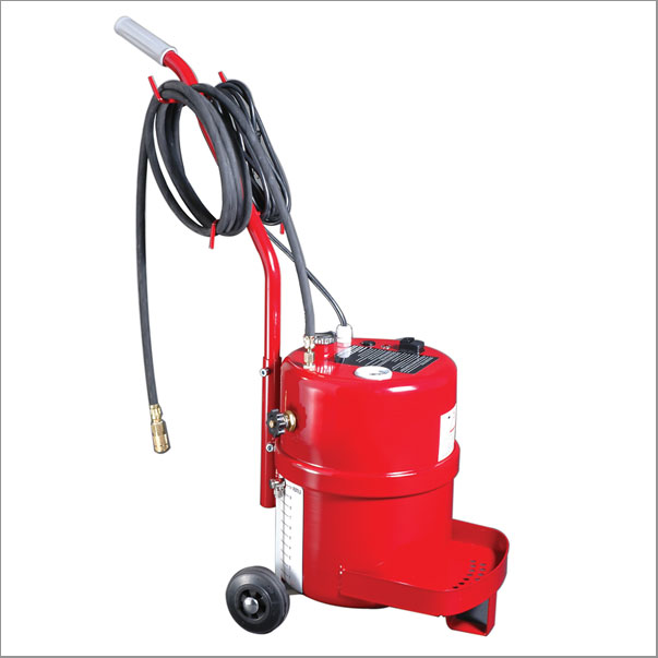 STBBE2.5GAL - Brake Bleeder 2.5 Gal
