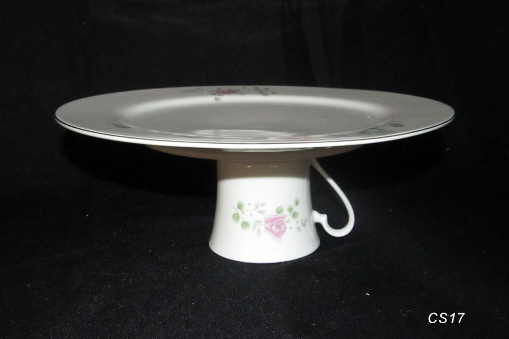 Vintage plate and teacup stand & Vintage plate and teacup stand u2014 Glass Slipper Rentals