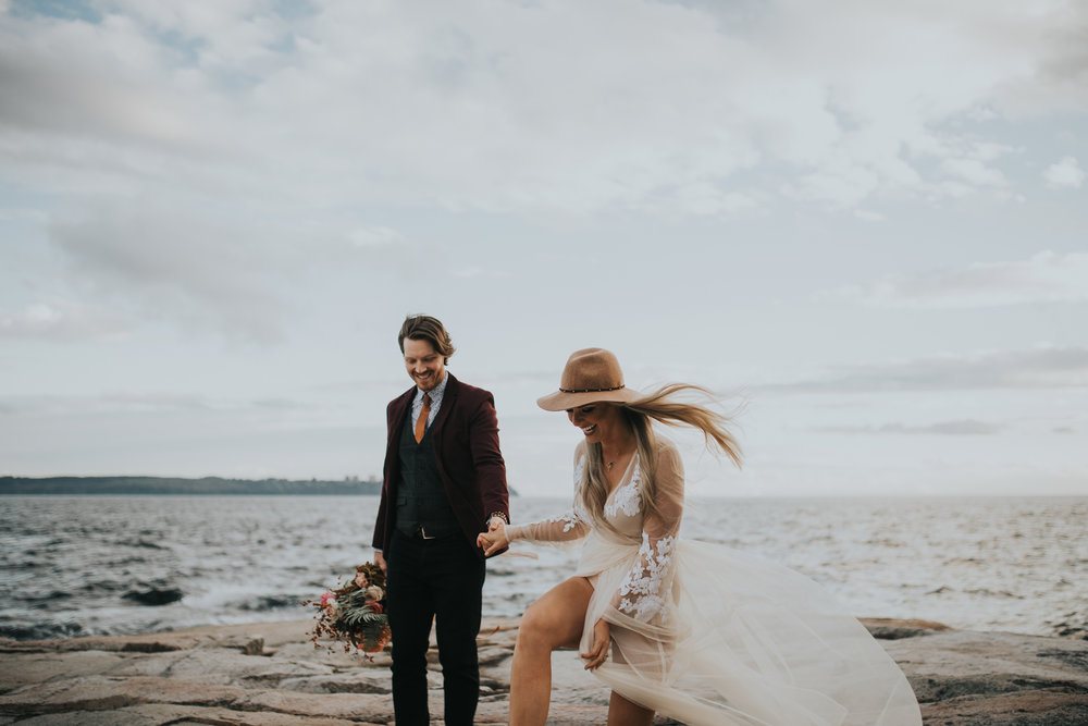 adventure_elopment_engagement_vancouver_photographer_lighthouse_park_26.JPG